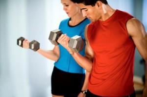 Men and women alike should train with weights to better their body composition goals.